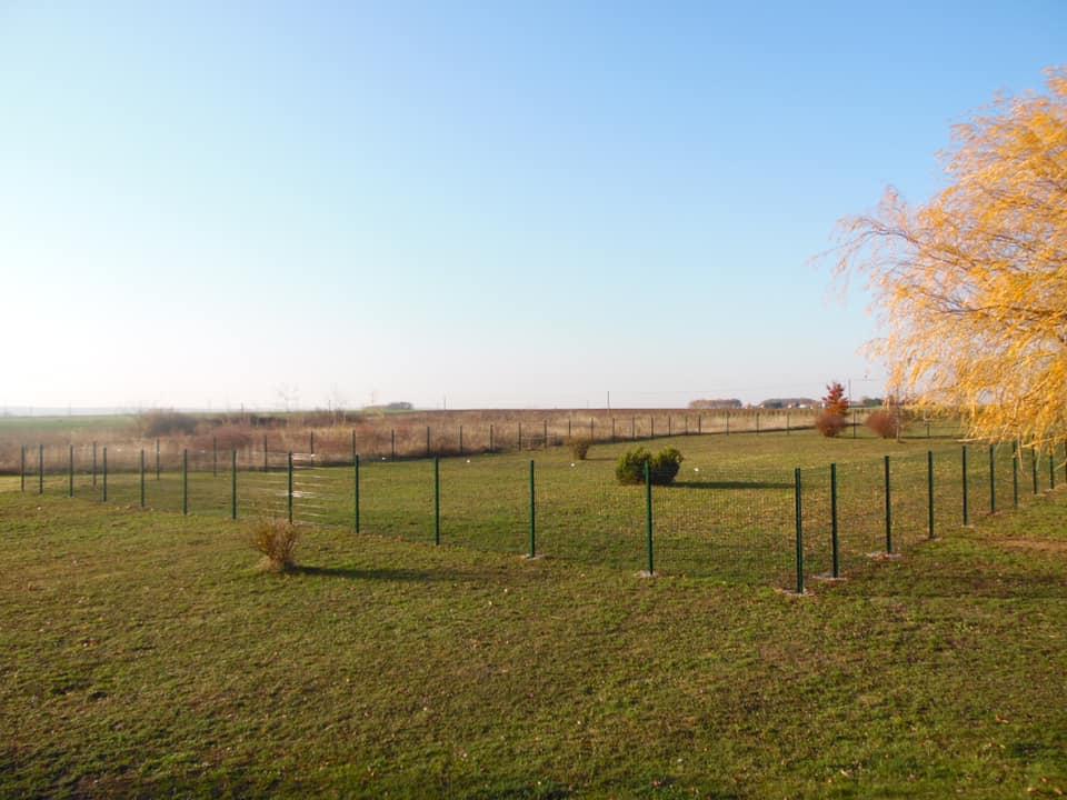terrain de 3 hectare - Domaine de la Fontaine du page